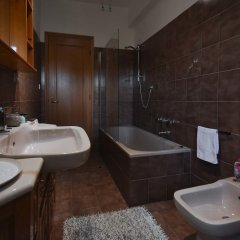 Отель Appartamento di Design Италия, Рим - отзывы, цены и фото номеров - забронировать отель Appartamento di Design онлайн ванная