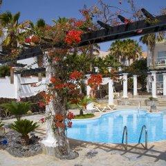 Отель Aparthotel Esquinzo Y Monte Del Mar бассейн фото 3