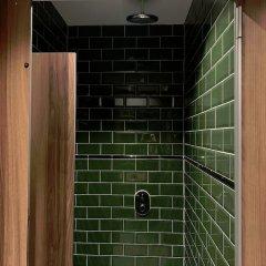 Отель Durty Nelly's - Hostel Нидерланды, Амстердам - отзывы, цены и фото номеров - забронировать отель Durty Nelly's - Hostel онлайн ванная фото 2