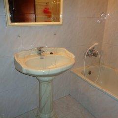 Отель Peniche Holiday Houses Португалия, Пениче - отзывы, цены и фото номеров - забронировать отель Peniche Holiday Houses онлайн ванная фото 2