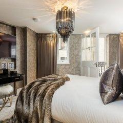Отель Incredible 6 Storey 4 bed Luxury House in St James Лондон комната для гостей