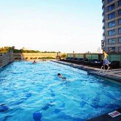 Отель Days Hotel & Suites Mingfa Xiamen Китай, Сямынь - отзывы, цены и фото номеров - забронировать отель Days Hotel & Suites Mingfa Xiamen онлайн бассейн