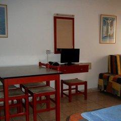 Отель Pambos Napa Rocks Hotel - Adults Only Кипр, Айя-Напа - 13 отзывов об отеле, цены и фото номеров - забронировать отель Pambos Napa Rocks Hotel - Adults Only онлайн в номере фото 2