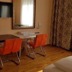 Отель Villa Lalee Германия, Дрезден - отзывы, цены и фото номеров - забронировать отель Villa Lalee онлайн удобства в номере фото 2