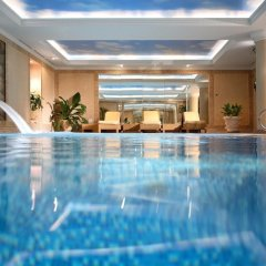 Гостиница Донбасс Палас бассейн