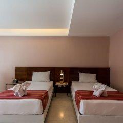 Отель Moxi Boutique Патонг сейф в номере