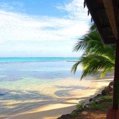 Отель Le Fare Iris Французская Полинезия, Муреа - отзывы, цены и фото номеров - забронировать отель Le Fare Iris онлайн пляж