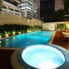 Hotel Mermaid Bangkok Бангкок бассейн