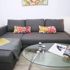 Отель Blue Toscana Pool & Center Apartment Испания, Торремолинос - отзывы, цены и фото номеров - забронировать отель Blue Toscana Pool & Center Apartment онлайн комната для гостей фото 2