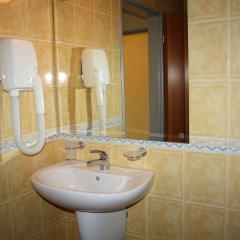 Отель Paradise Hotel Болгария, Поморие - отзывы, цены и фото номеров - забронировать отель Paradise Hotel онлайн ванная