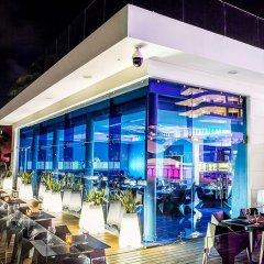 Отель Temptation Cancun Resort - Adults Only гостиничный бар фото 8