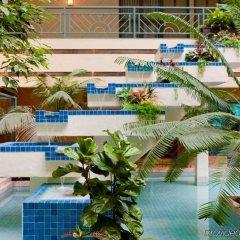 Отель Embassy Suites Minneapolis - Airport Блумингтон бассейн фото 2