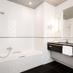 Отель Navarra Brugge Бельгия, Брюгге - 1 отзыв об отеле, цены и фото номеров - забронировать отель Navarra Brugge онлайн ванная
