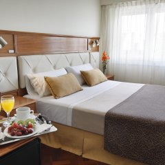 Embajador Hotel в номере