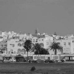 Отель Hostal Sonrisa del Mar Испания, Кониль-де-ла-Фронтера - отзывы, цены и фото номеров - забронировать отель Hostal Sonrisa del Mar онлайн парковка