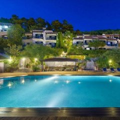Adrina Beach Hotel бассейн
