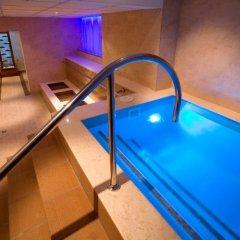 Отель Samokov бассейн