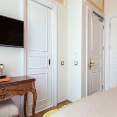Pera Parma Турция, Стамбул - отзывы, цены и фото номеров - забронировать отель Pera Parma онлайн сейф в номере