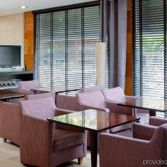 Отель NH Barcelona Les Corts Испания, Барселона - 1 отзыв об отеле, цены и фото номеров - забронировать отель NH Barcelona Les Corts онлайн интерьер отеля фото 3