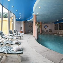 Hotel Centro Benessere Gardel Кьюзафорте бассейн