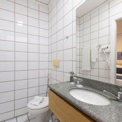 Отель Bourbon Vitoria Hotel (Residence) Бразилия, Витория - отзывы, цены и фото номеров - забронировать отель Bourbon Vitoria Hotel (Residence) онлайн ванная фото 2