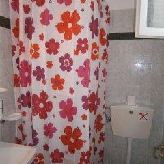 Отель Mark & Joanna Studios ванная