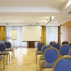Отель Exe Cristal Palace Испания, Барселона - 12 отзывов об отеле, цены и фото номеров - забронировать отель Exe Cristal Palace онлайн помещение для мероприятий