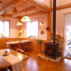 Отель Pension Kaze no Oka Nobara Япония, Минамиогуни - отзывы, цены и фото номеров - забронировать отель Pension Kaze no Oka Nobara онлайн питание