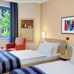 Отель IntercityHotel Nürnberg 3* Номер Бизнес с 2 отдельными кроватями