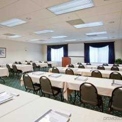 Отель Country Inn & Suites by Radisson, Lancaster (Amish Country), PA