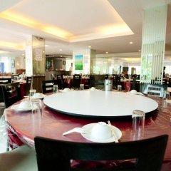 Отель The Platinum Suite питание фото 2