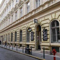 Отель HoBar - the hostel bar Венгрия, Будапешт - отзывы, цены и фото номеров - забронировать отель HoBar - the hostel bar онлайн фото 6