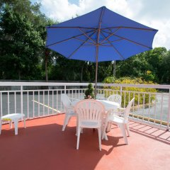 Отель Quality Inn Sarasota North балкон