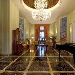 Romantik Hotel Villa Pagoda интерьер отеля
