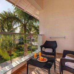 Отель Grand Memories Punta Cana - All Inclusive Доминикана, Пунта Кана - отзывы, цены и фото номеров - забронировать отель Grand Memories Punta Cana - All Inclusive онлайн балкон