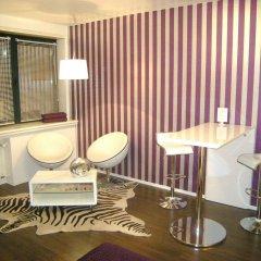Отель A-partment -mediapark Кёльн гостиничный бар