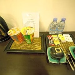 Отель Sea Breeze Resort удобства в номере