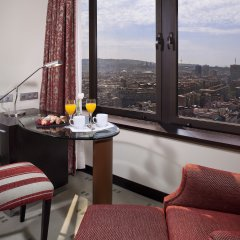 Отель Meliá Barcelona Sarrià в номере