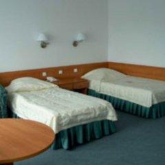 Отель Polonez Познань комната для гостей