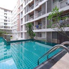 Апартаменты Comfy King Studio Бангкок бассейн