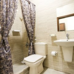 Отель 7Boys Hotel Иордания, Амман - отзывы, цены и фото номеров - забронировать отель 7Boys Hotel онлайн ванная