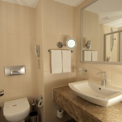 Отель Trendy Palm Beach - All Inclusive Сиде ванная