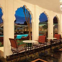 Отель Trident, Jaipur бассейн фото 3
