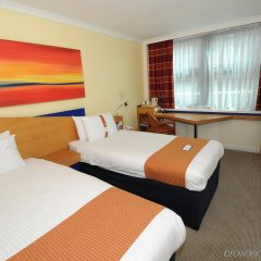 Отель Holiday Inn Express Glasgow City Centre Riverside комната для гостей фото 2