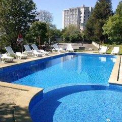 Hotel Rai бассейн