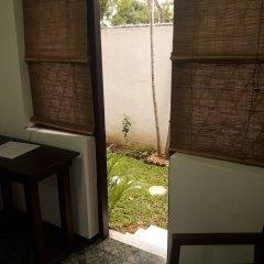 Отель Cheriton Residencies Шри-Ланка, Коломбо - отзывы, цены и фото номеров - забронировать отель Cheriton Residencies онлайн балкон