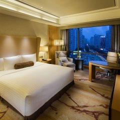 Отель Crowne Plaza Paragon Xiamen Китай, Сямынь - 2 отзыва об отеле, цены и фото номеров - забронировать отель Crowne Plaza Paragon Xiamen онлайн комната для гостей фото 5
