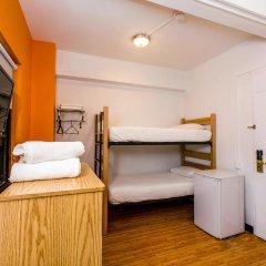 Отель Vanderbilt YMCA Стандартный номер с различными типами кроватей фото 4