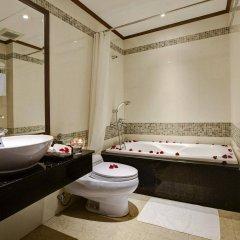 Отель Golden Lotus Hotel Вьетнам, Ханой - отзывы, цены и фото номеров - забронировать отель Golden Lotus Hotel онлайн ванная