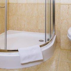 Гостиница Элиза Инн в Зеленоградске 11 отзывов об отеле, цены и фото номеров - забронировать гостиницу Элиза Инн онлайн Зеленоградск ванная